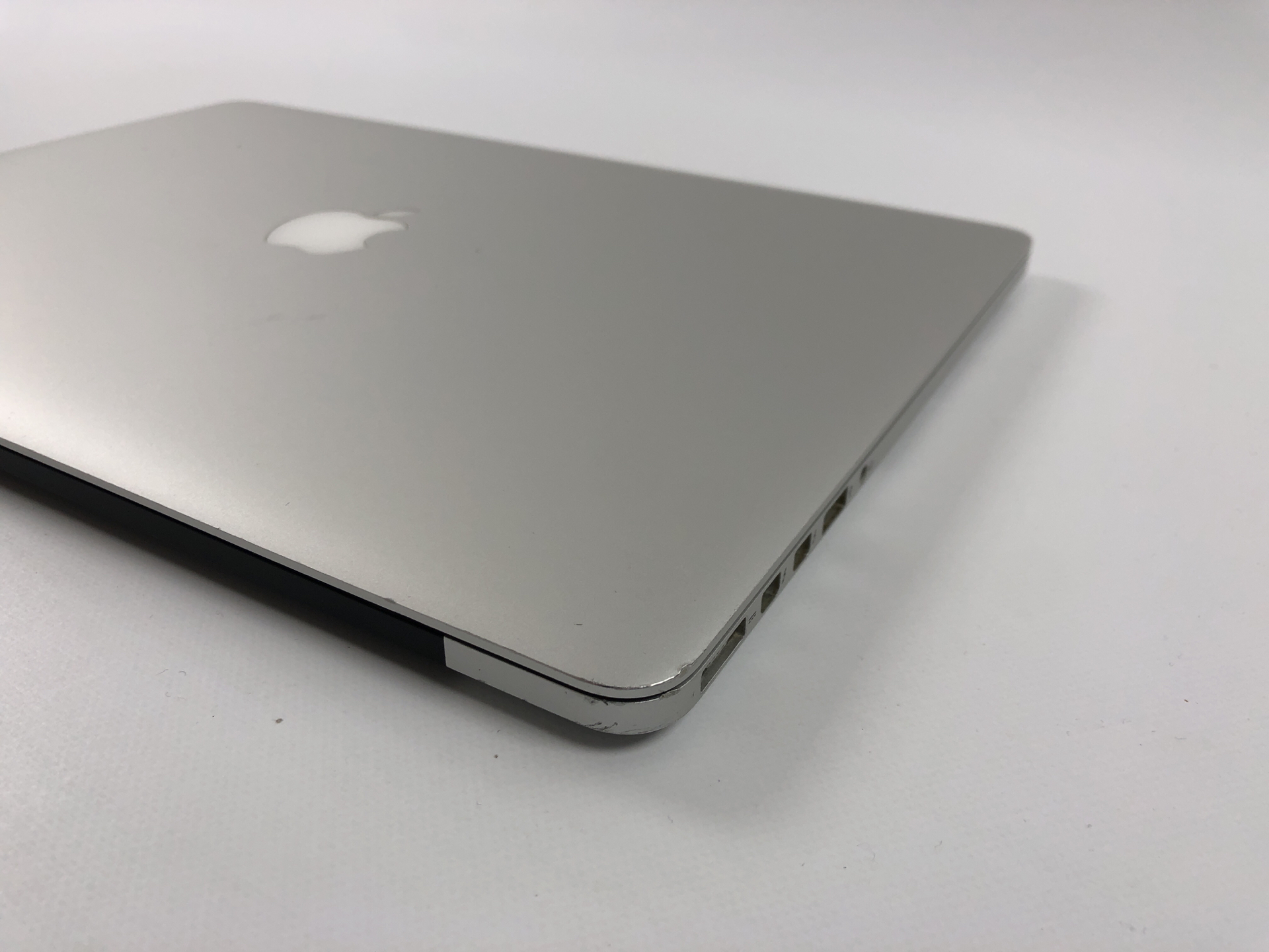"MacBook Pro Retina 15"" Mid 2015 (Intel Quad-Core i7 2.2 GHz 16 GB RAM 256 GB SSD), Intel Quad-Core i7 2.2 GHz, 16 GB RAM, 256 GB SSD, Bild 2"