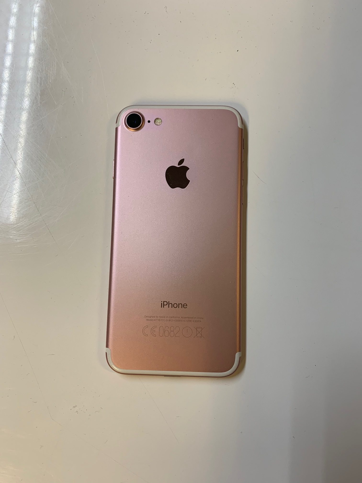 iPhone 7 128GB, 128GB, Rose Gold, imagen 2