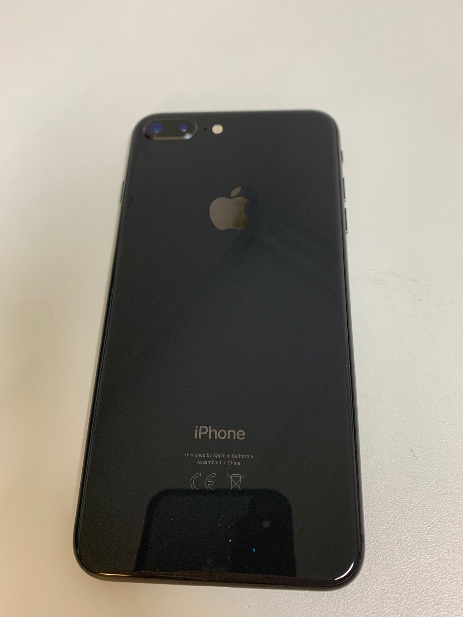 iPhone 8 Plus 64GB, 64GB, Space Gray, imagen 2
