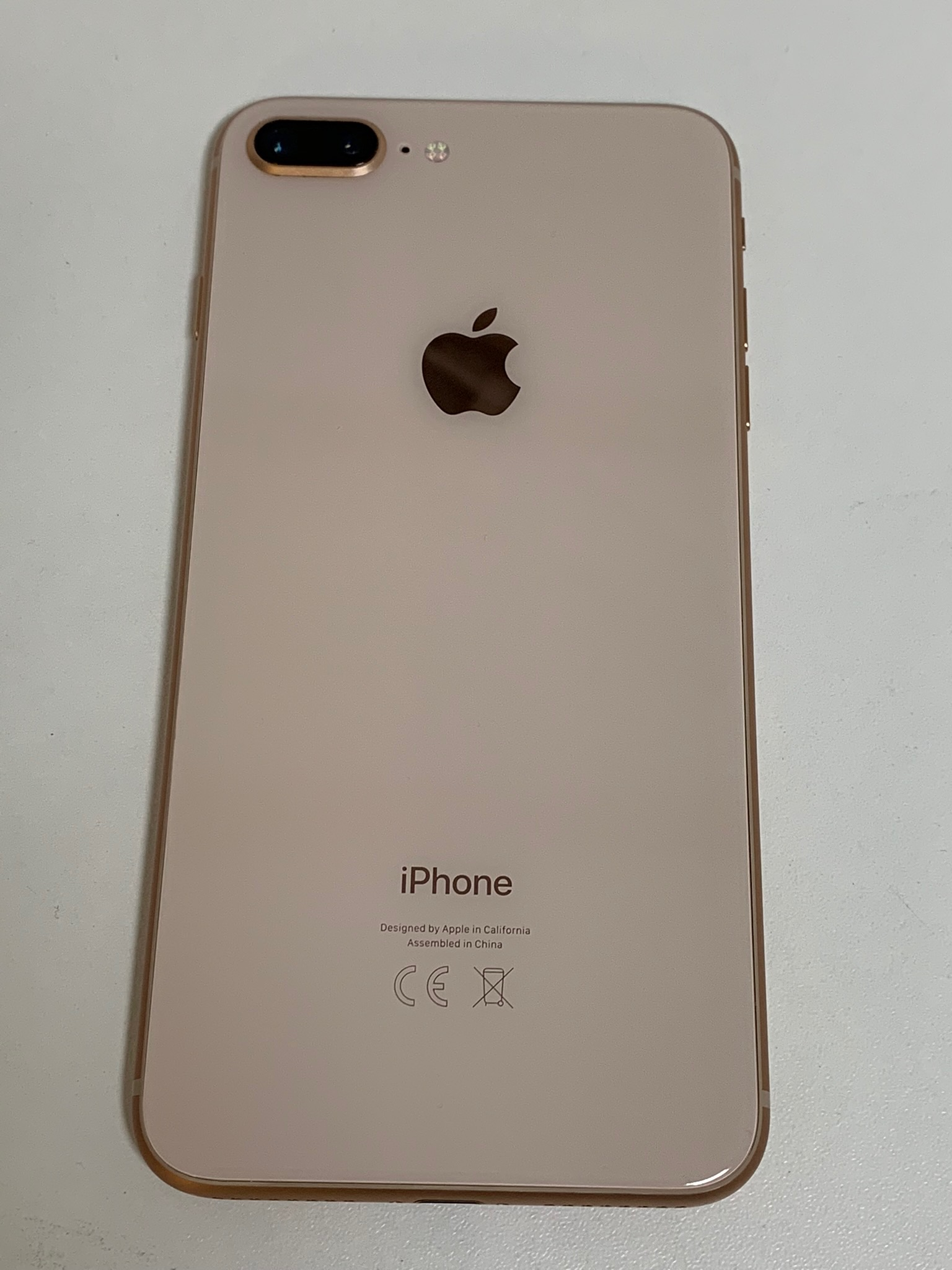 iPhone 8 Plus 64GB, 64 GB, Gold, Afbeelding 2