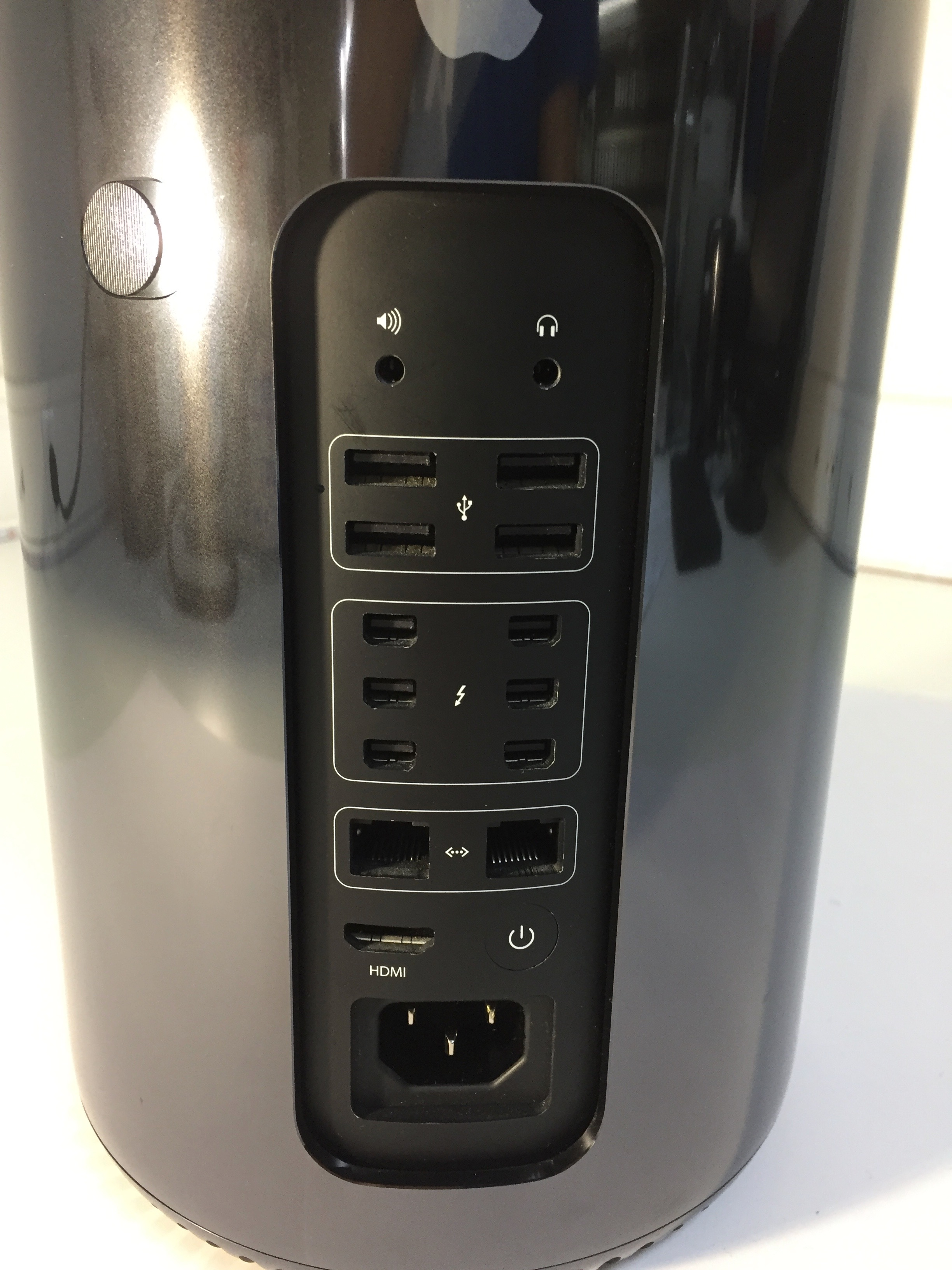 Mac Pro Late 2013 (Intel Quad-Core Xeon 3.7 GHz 32 GB RAM 1 TB SSD), 3.7 GHz Quad Core Intel Xeon E5, 32 GB , 1TB Flash, Bild 2