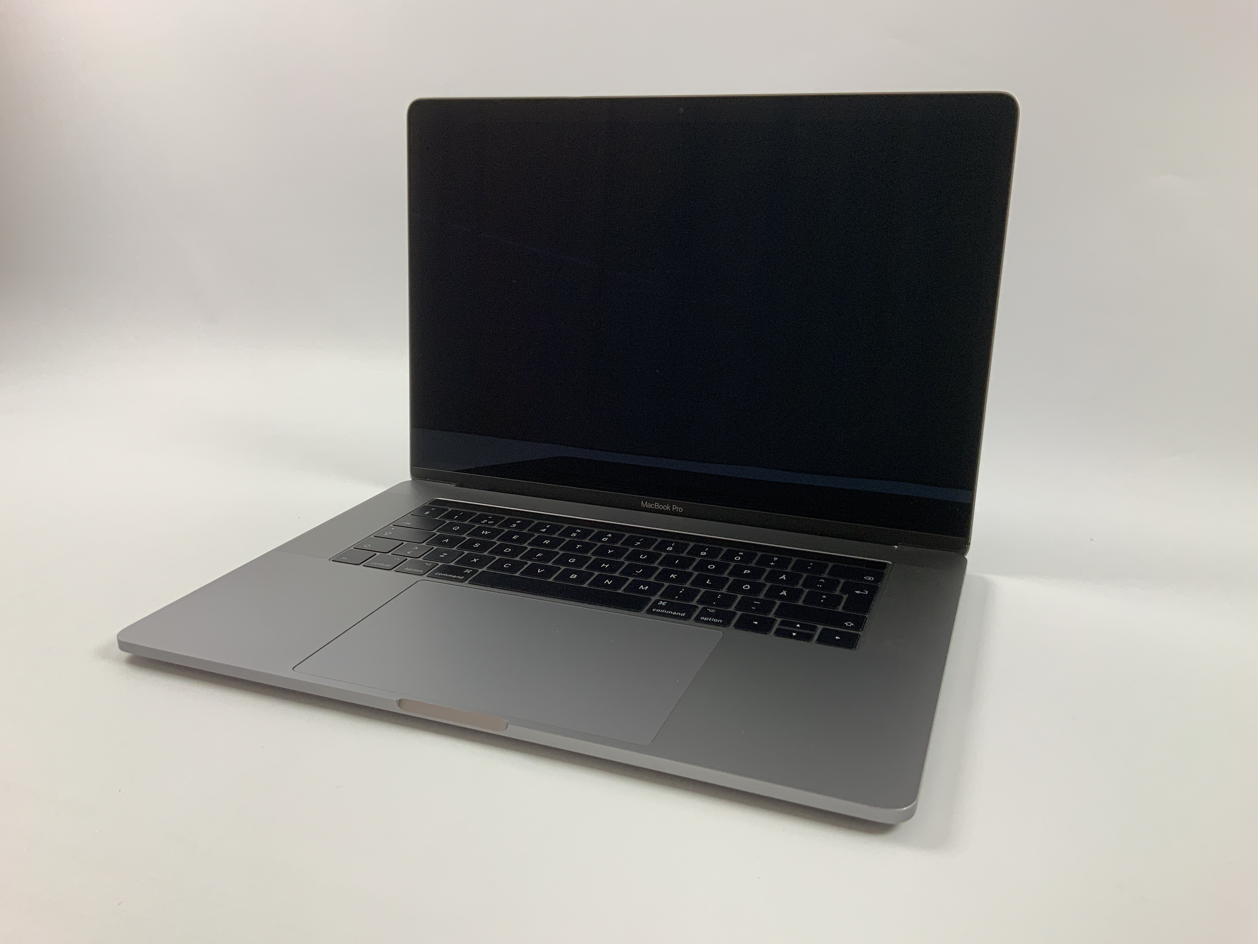 "MacBook Pro 15"" Touch Bar Mid 2017 (Intel Quad-Core i7 2.8 GHz 16 GB RAM 512 GB SSD), Space Gray, Intel Quad-Core i7 2.8 GHz, 16 GB RAM, 512 GB SSD, image 1"