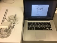 MacBook Pro 15-inch Retina, 2,2 GHz, 4GB (2x2GB), 500GB HDD, Produktalter: 63 monate, image 2