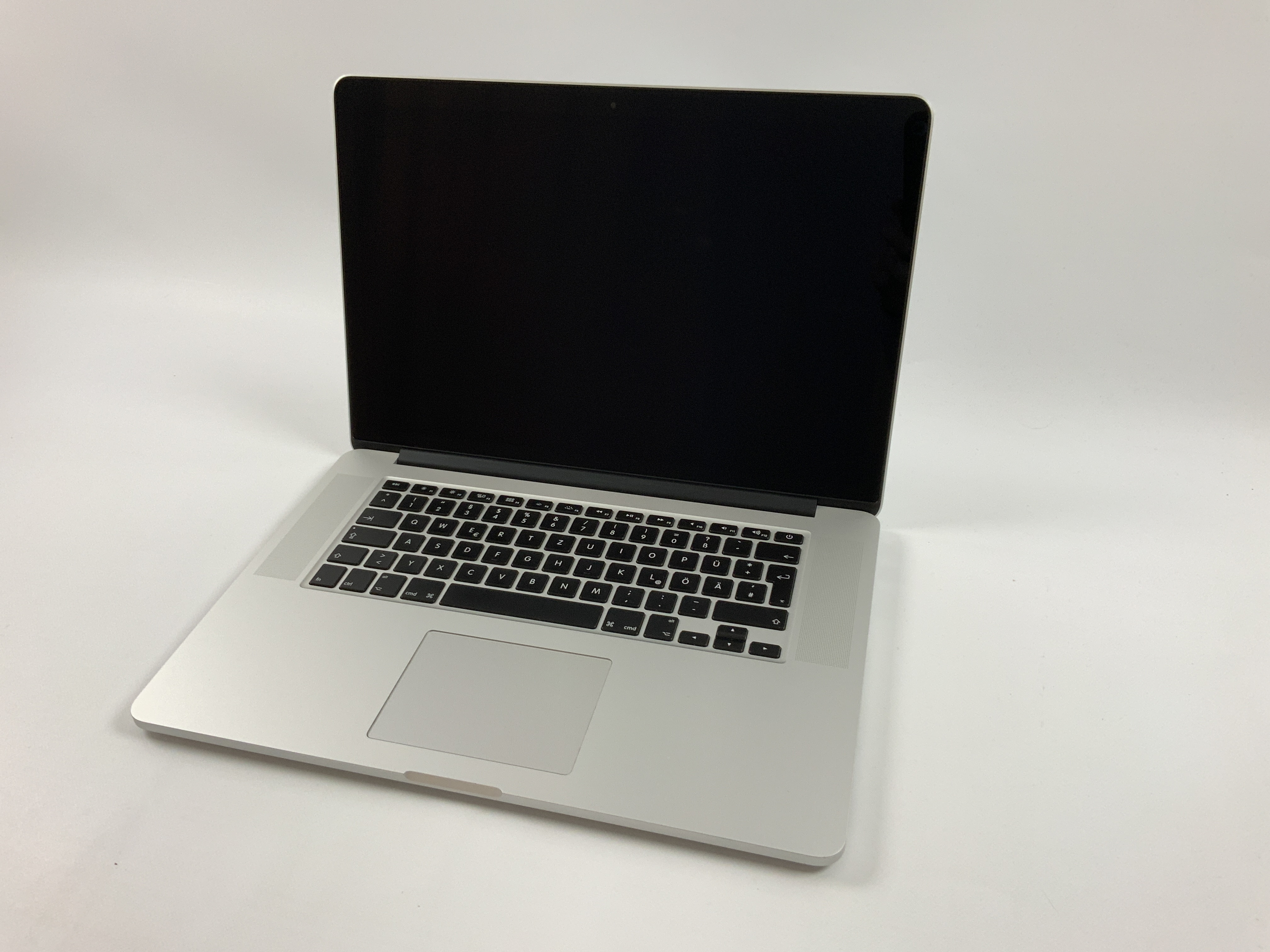 "MacBook Pro Retina 15"" Mid 2015 (Intel Quad-Core i7 2.2 GHz 16 GB RAM 1 TB SSD), Intel Quad-Core i7 2.2 GHz, 16 GB RAM, 1 TB SSD, Kuva 1"