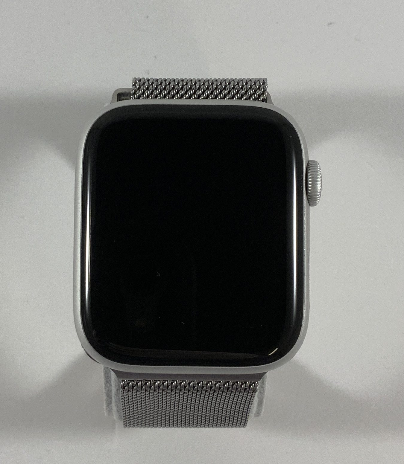 Watch Series 5 Aluminum (44mm), Silver, image 3
